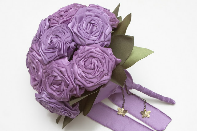ramo de novia color lila
