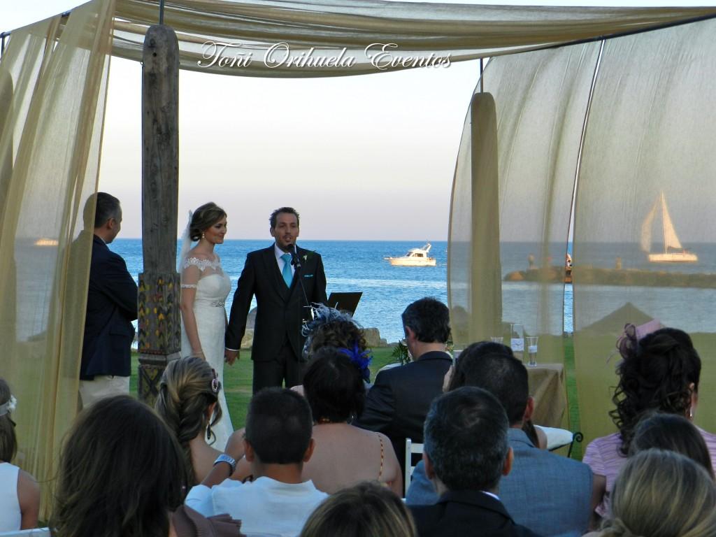 Ceremonia civil junto al mar del Campo de Gibraltar