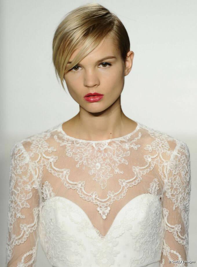 Peinados de novias con pelo corto organizaci n de bodas - Peinado para boda de dia ...